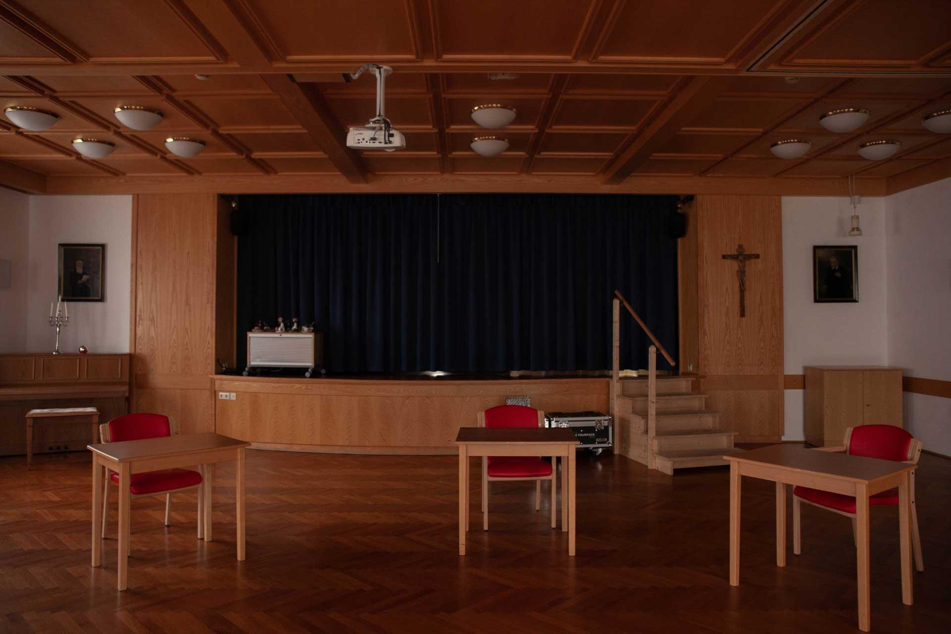 Festsaal im Herz Jesu Heim